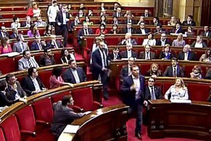 PP y Ciudadanos dicen 'basta' a Nuria de Gispert y se van del Parlament catalán