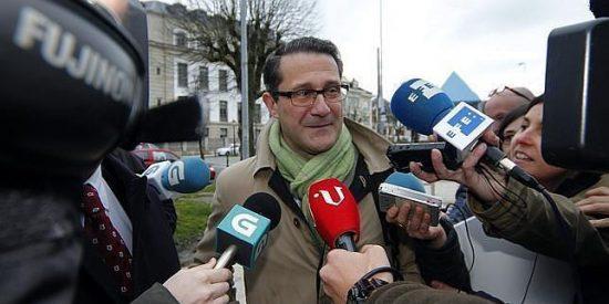 Al exalcalde de Santiago, Gerardo Conde, la factura del IVA le sale por dos años de cárcel y una multa