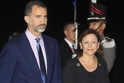 """El Príncipe 'vende' a los empresarios que """"la economía española encuentra su camino"""""""