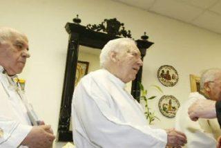 """Francisco: Los religiosos ancianos son """"santuarios de santidad"""""""