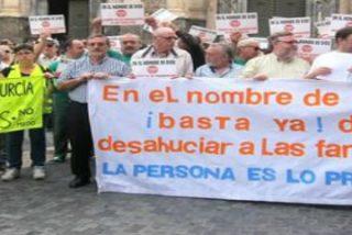"""Curas, religiosos y laicos de Murcia: """"En el nombre de Dios, ¡basta ya de desahuciar!"""""""