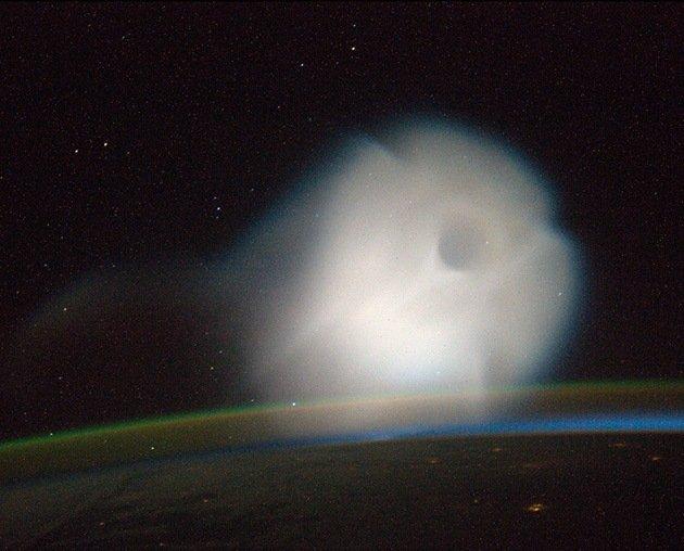 Misteriosa 'nube' fotografiada por astronautas de la Estación Espacial