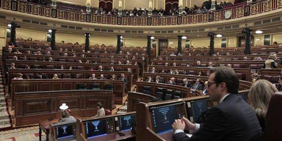El Pleno del Congreso rechaza el derecho a decidir de Cataluña con los votos de PP, PSOE y UPyD
