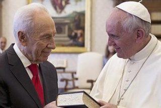 """El Papa denuncia """"los sufrimientos, la marginación y las auténticas persecuciones"""" a cristianos en todo el mundo"""