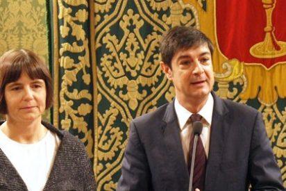 Ávila recorta el sueldo a los funcionarios e hipoteca el futuro del Ayuntamiento