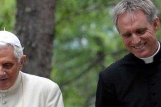 "Gaënswein: ""Intenté detener la renuncia de Benedicto XVI"""