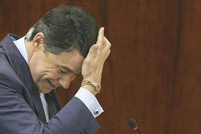 Ignacio González anuncia rebajas fiscales históricas en IRPF, Transmisiones e Hidrocarburos