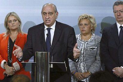 El ministro Fernández ahora saca pecho y defiende que ETA anunció su cese por haber sido derrotada