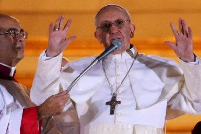 Guillermo Karcher: así es el día a día del Papa