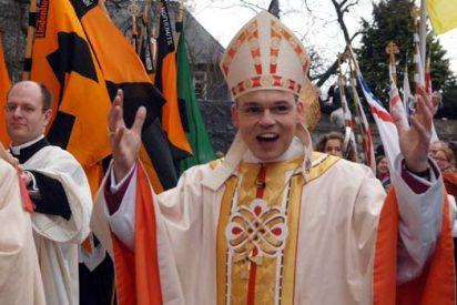 El obispo despilfarrador, cara a cara con el Papa de los pobres