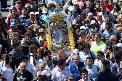 """El """"efecto Bergoglio"""" hace histórica la peregrinación a Luján"""