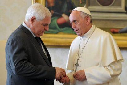 Martinelli se comprometió ante el Papa a reducir la pobreza
