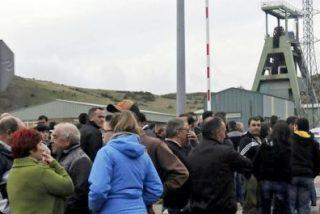 """El Obispo de León califica de """"tremenda desgracia"""" la muerte de seis mineros"""