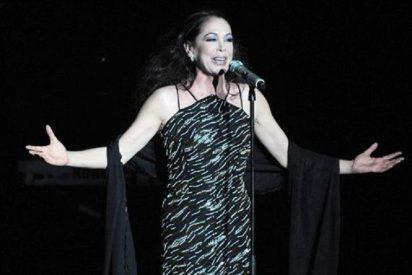 Isabel Pantoja lanza dardos envenedados a Jessica Bueno durante uno de sus conciertos