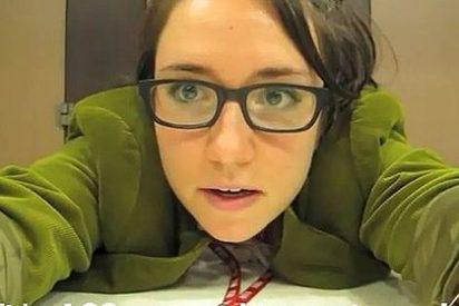La periodista se despide del trabajo bailando ante la mesa de su jefe y triunfa en Youtube