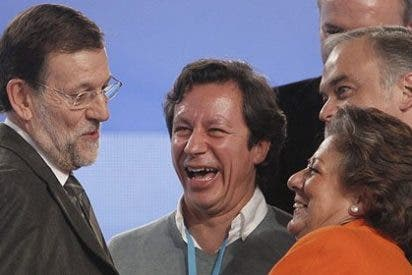 El 'Capitán Araña' Rajoy envía a Pons, Arenas y Floriano a ser abucheados por las víctimas