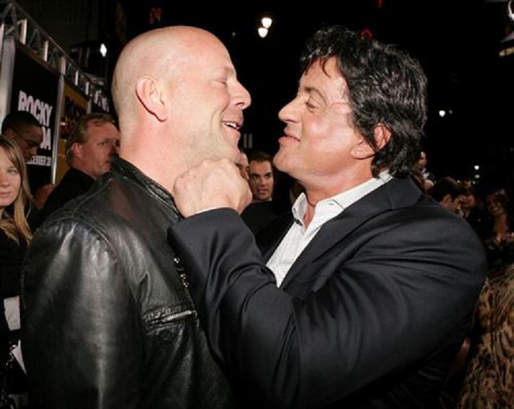 "Stallone se disculpa por insultar ferozmente a Bruce Willis: ""No debería haberlo dicho"""