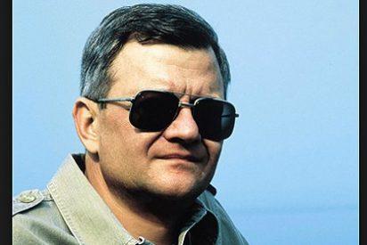 """Muere Tom Clancy Autor de best-sellers como """"Juego de patriotas"""" o """"La caza del octubre rojo"""""""