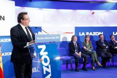 """Alfonso Ussía: """"La Razón tiene un accionista de referencia, el Grupo Planeta, pero vive y camina en soledad"""""""