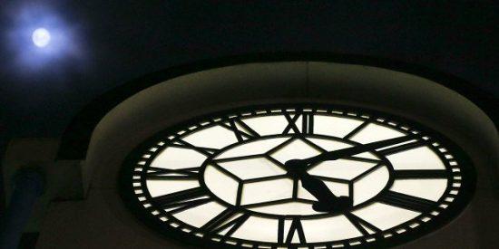 ¿Realmente el tiempo pasa más rápido cuando envejecemos?