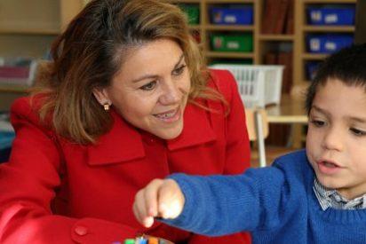 Cospedal anuncia la ampliación del programa 'Abriendo Caminos' a Primaria