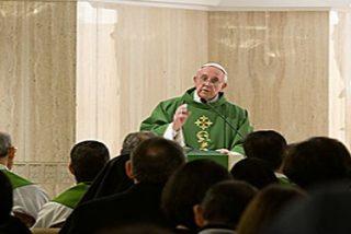 """El Papa reza por los hijos que reciben """"pan sucio"""" de sus padres"""
