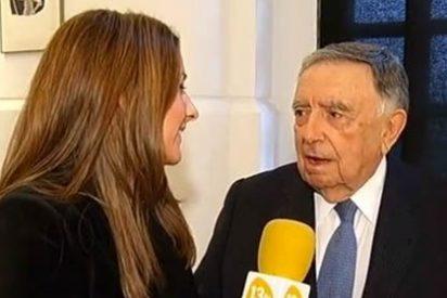 """(VÍDEO) La debilidad de Luis María Anson por las reporteras: """"Tu cámara es un poco torpe, no te saca"""""""