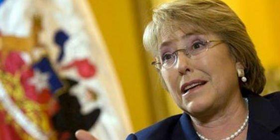 La socialista Bachelet arrolla en las elecciones de Chile pero tendrá que ir a segunda vuelta