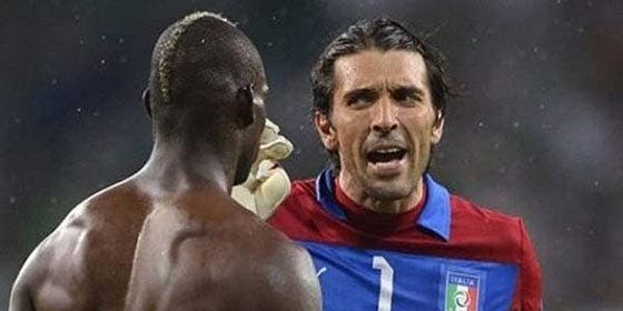 Buffon reprende a Balotelli