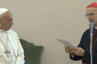 """Francisco agradece a Bertone su """"apoyo generoso y fiel"""" al pontificado"""