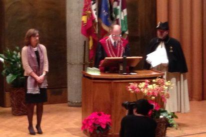 Carmen Márquez recibe un premio en Friburgo