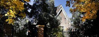 Cómo vender con garbo una propiedad donde sobrevuela el fantasma del crimen y la tragedia