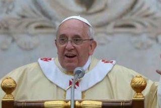 """Francisco: """"Dios nos lleva de la mano al Cielo, como un papá"""""""