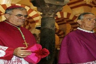 """Demetrio Fernández: """"La Mezquita está a salvo gracias a los cristianos"""""""