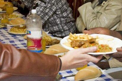 Denuncian a un párroco de Alcalá de Henares por el uso irregular de comida destinada para Cáritas
