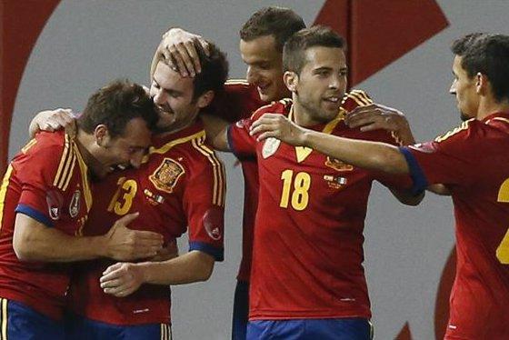 La selección española de fútbol se niega a fotografiarse con Obiang