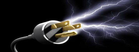 La 'chispa' del ahorro que funde los plomos: manipular el contador de la luz bajo pago