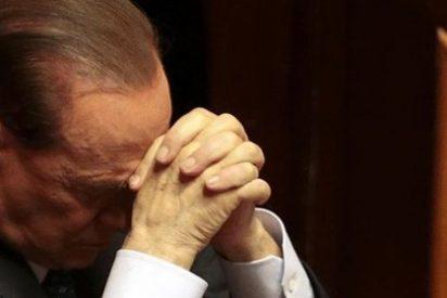 """Berlusconi la arma: """"Mis hijos se sienten como las familias judías en la Alemania de Hitler"""""""