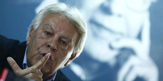 "Felipe González da la puntilla a Rubalcaba: tiene ""crisis de liderazgo"""
