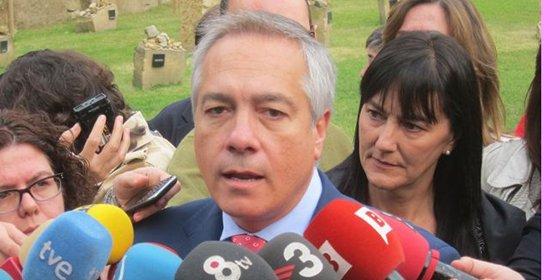 """Navarro advierte a Mas que el PSC no le acompañará en su """"suicidio político"""""""