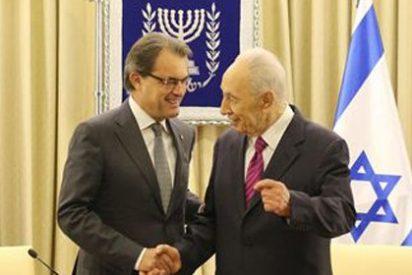 Mas sigue haciendo amigos: su visita a Israel molesta al pueblo palestino