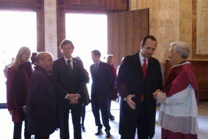 Bauzá y el resto de autoridades homenajean a Fray Junípero Serra en la Catedral