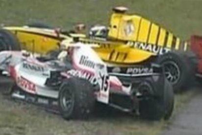 Lotus se ríe en Twitter del mal rollo entre sus pilotos