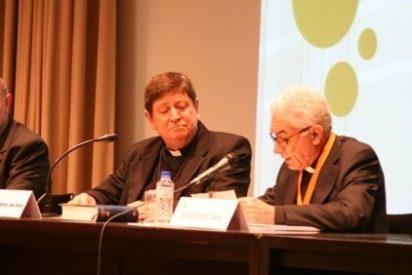 """Braz de Aviz: """"Los que se alejan del Concilio Vaticano II crean división, crean sectas"""""""