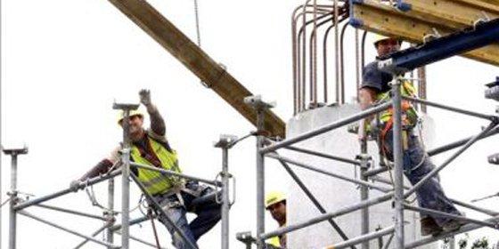 FCC plantea otro ERE en construcción para 1.267 trabajadores en España