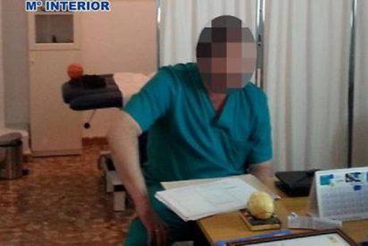El falso médico ejerció 15 años en Málaga y tuvo la desfachatez de anunciarse en Internet
