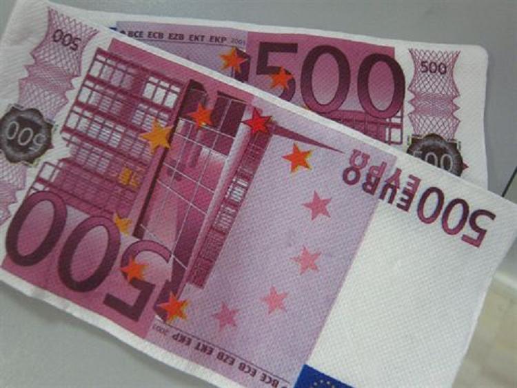 ¿Tiene algún amigo 'ultra rico'? Pues es raro si no, porque cada vez hay más en España
