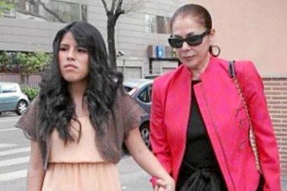 """Isabel Pantoja anuncia a todo bombo el """"deseado"""" embarazo de su hija Chabelita"""