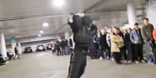 [Vídeo] Hace cola durante horas por una PS4 y la rompe histérico ante el pasmo general