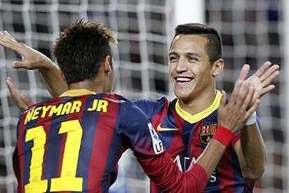 Neymar se luce y Leo Messi se apaga en un Barça que ya no juega a nada